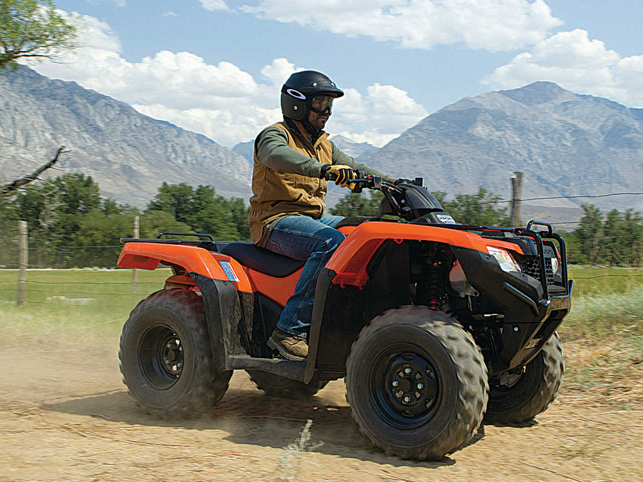 First Ride The 2014 Fourtrax Rancher Atv Illustrated 2013 Honda 420 Wiring Diagram 2014hondafourtrax Rancherorangefront Rightriding