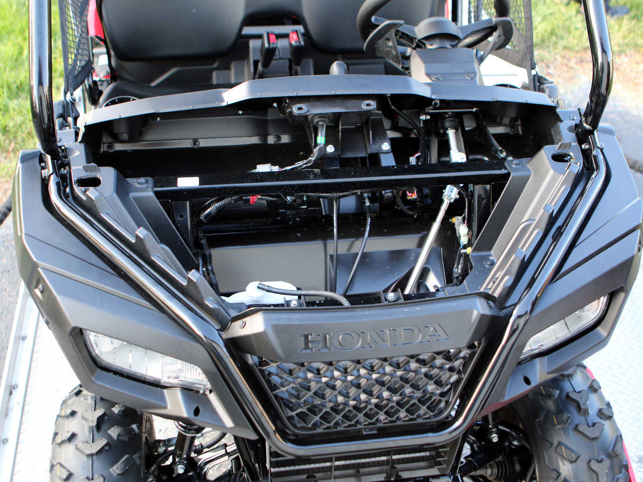 First Ride And Review The 2015 Honda Pioneer 500 Atv Illustrated