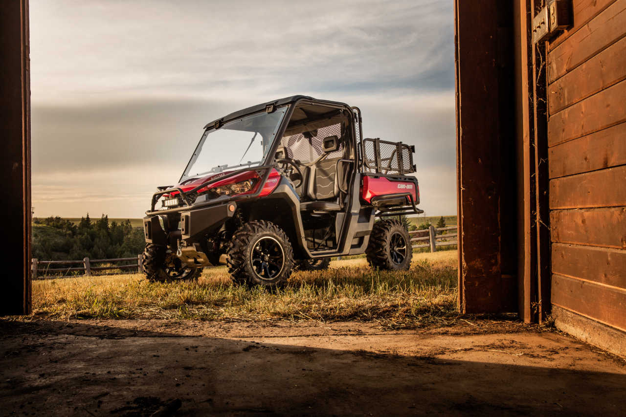 2016 Can Am Defender Atv Illustrated