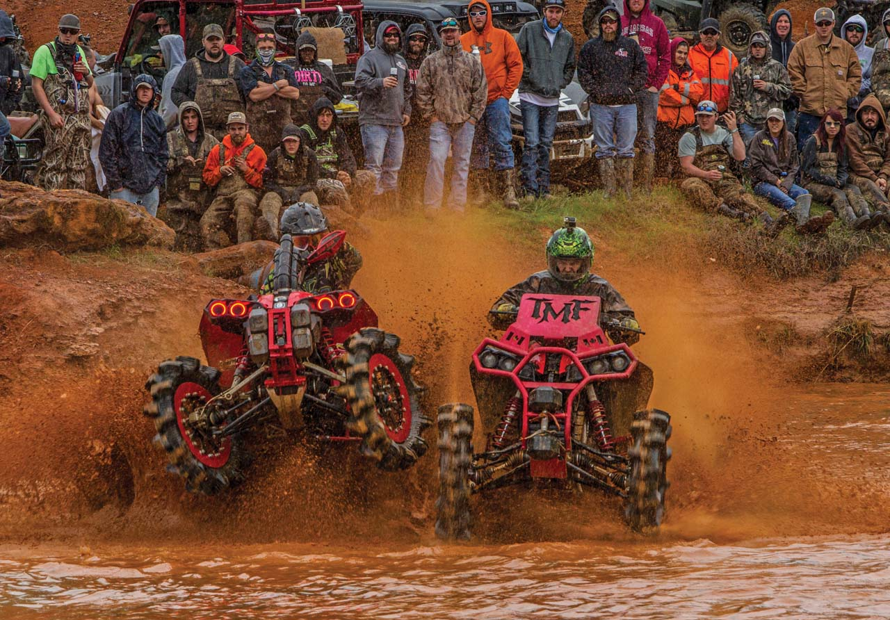 event.2017.highlifter-mud-nationals.atvs_.racing.through-mud.jpg