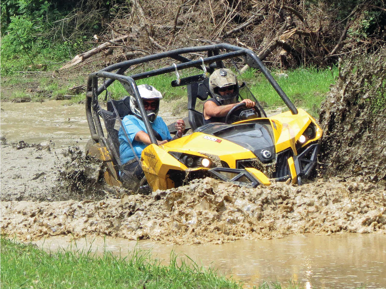 location.2014.spearhead-trails.can-am.maverick.riding.through-mud.jpg