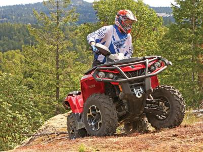 2012.can-am.outloander.red_.front_.riding.up-hill.jpg