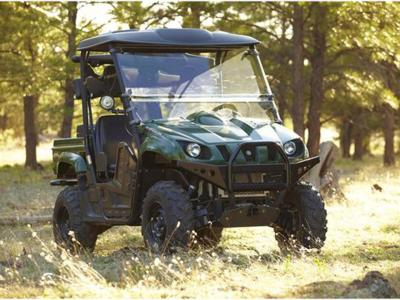 2012.yamaha.rhino700.green.front-right.parked.on-grass.jpg