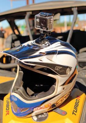2016.cyclops-gear.cgx2.camera.on-helmet.jpg