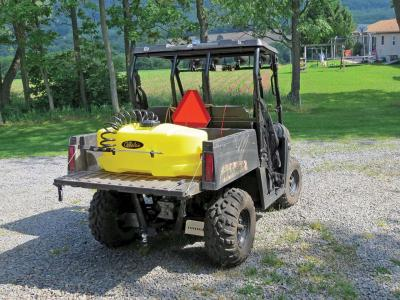 vendor.2012.cabelas-atv-sprayer.on-side-x-side.parked.jpg