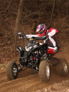 2010.honda_.700xx.front-left.riding.on-dirt_0.jpg