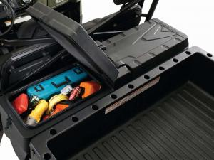 2010.polaris.ranger6x6.close-up.cargo-box.jpg