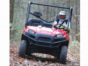 2010.polaris.ranger6x6.red_.front_.riding.on-trail.jpg