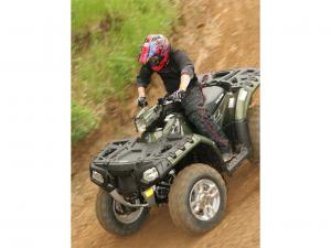 2010.polaris.sportsman-xp550.green_.front-left.riding.on-dirt.jpg