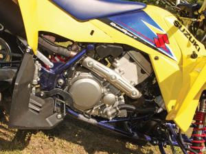 2010.suzuki.ltz400.close-up.engine.jpg
