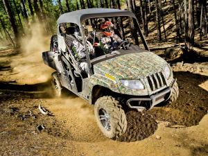 2011.arctic-cat.prowler-hdx700.camo_.front-right.riding.on-dirt.jpg