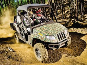 2011.arctic-cat.prowler700hdx.front-right.camo_.riding.on-dirt.jpg