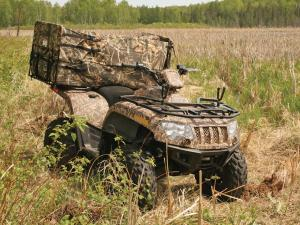 2011.arctic-cat700.camo_.front-right.parked.hunting.with-accessories.jpg