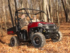 2011.polaris.ranger-xp800.right_.red_.riding.in-woods.jpg