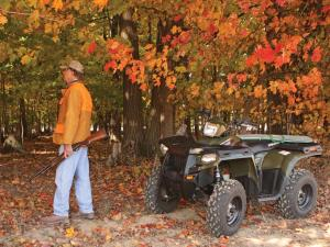 2011.polaris.sportsman400.camo_.front-left.parked.hunting.jpg