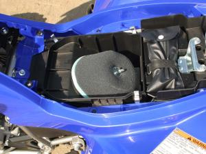2011.yamaha.raptor250.close-up.airbox.jpg