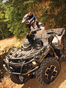 2012.can-am.outlander1000xt.front-left.green.riding.on-dirt.jpg