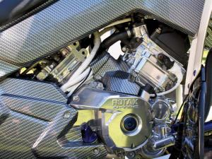 2012.can-am.renegade800-custom.close-up.engine.jpg