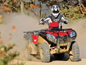 2012.kymco_.mxu500i-irs4x4.red_.front_.riding.on-dirt.jpg