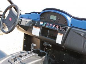 2012.kymco.uxv500i.close-up.dash.jpg