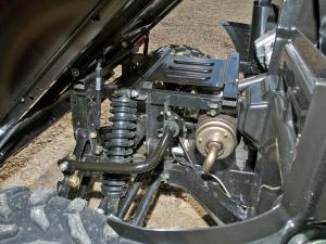 2012.kymco.uxv500i.close-up.rear-exhaust.jpg