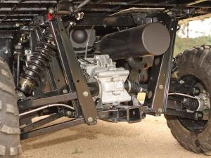 2012.polaris.ranger-xp800.close-up.rear-suspension.jpg