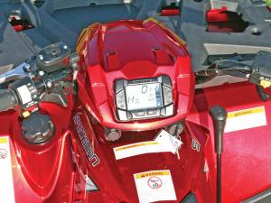 2012.polaris.sportsman550.close-up.handlebars.jpg