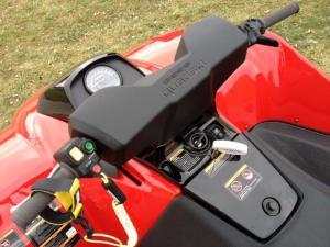 2012.quadski.close-up.handle-bars.jpg