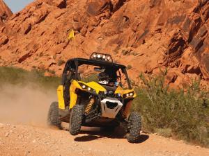 2013.can-am.maverick1000.yellow.front.riding.over-desert.JPG