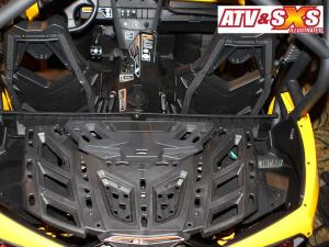 2013.can-am.maverick1000r.close-up.rear-deck.jpg