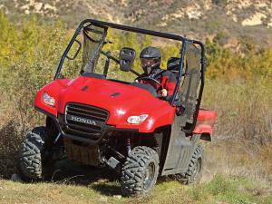 2013.honda.big-red.red.front-left.riding.on-trail.jpg