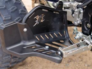 2014.yamaha.raptor700r-se.close-up.foot-basket.jpg