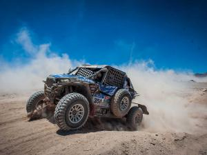 2015.polaris.racer.willy-alcaraz.racing.polaris-rzr.at-dakar-rally.jpg