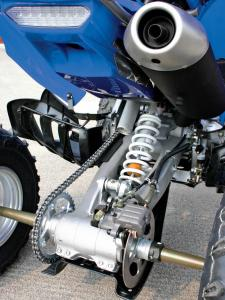 2015.yamaha.raptor700.close-up.rear-suspension.JPG