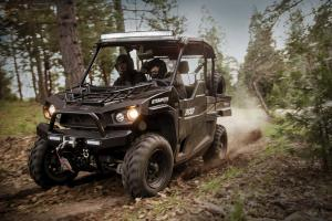 2016.bad-boy-buggy.stampede900-4x4.black_.front-left.riding.on-trail.jpg