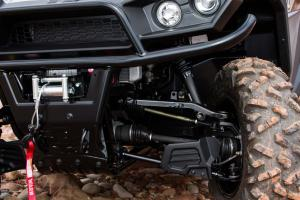2016.bad-boy-buggy.stampede900-4x4.close-up.front-suspension.jpg