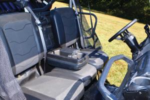 2016.can-am.defender.close-up.seats.jpg