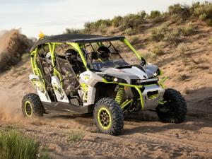 2016.can-am.maverick-max1000r-turbo.white.front-left.riding.on-sand.jpg