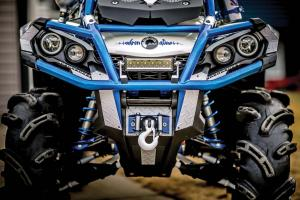 2016.can-am.outlander-custom-craig-weston.close-up.front_.jpg