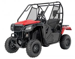 2016.honda_.pioneer500.red_.front-left.studio.jpg