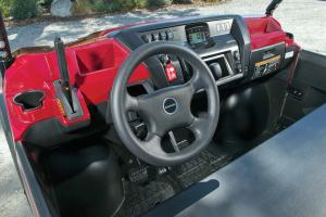 2016.kawasaki.mule-pro-dx-diesel.close-up.cabin.jpg