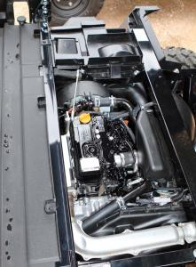 2016.kawasaki.mule-pro-dx-diesel.close-up.yanmar-diesel-engine.jpg