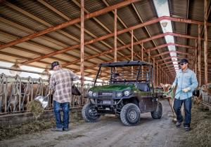 2016.kawasaki.mule-pro-dx-diesel.green.front.parked.on-farm.jpg