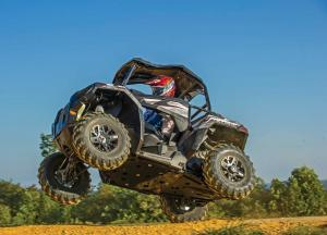 2016.polaris.ace900sp.silver.left_.jumping.in-air.jpg