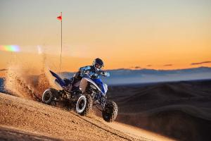 2016.yamaha.raptor700r.blue_.front-right.riding.on-sand.jpg