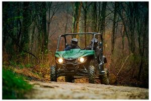 2016.yamaha.wolverine.green_.front_.riding.on-path.jpg