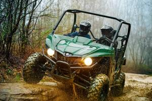 2016.yamaha.wolverine.green_.front_.riding.on-rocks.jpg