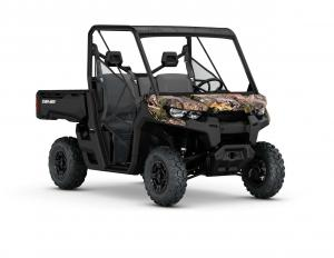 2017.can-am.defender-dps-hd5.camo_.front-right.studio.jpg