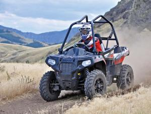 2017.polaris.ace570.silver.front-left.riding.on-path.jpg
