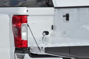 curt-new_oem-style_gooseneck_hitch_for_ford_pr2.jpg